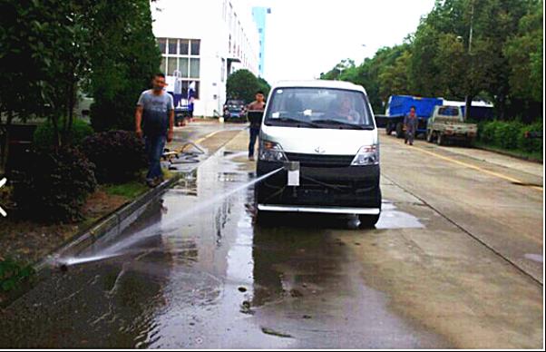小型路面高压清洗车