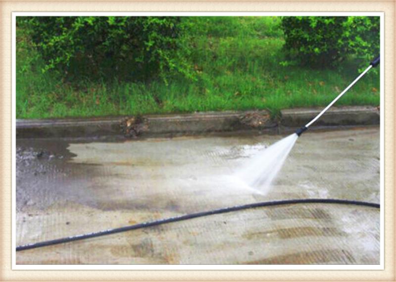 路面清洗车