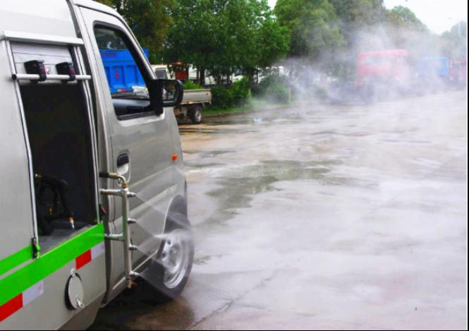 路面清洗车侧喷