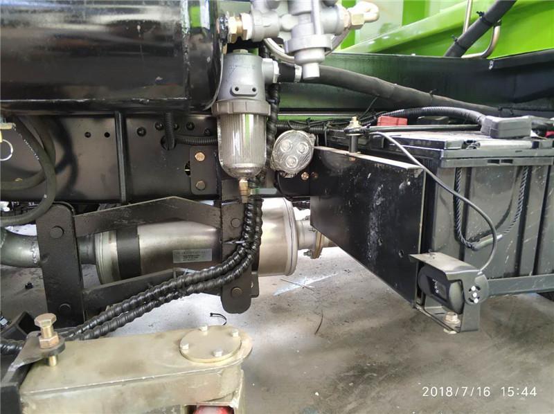 水过滤器位置