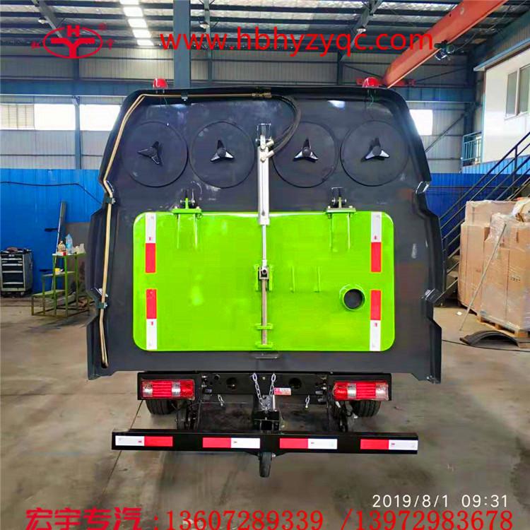 国六电动小型吸尘车5