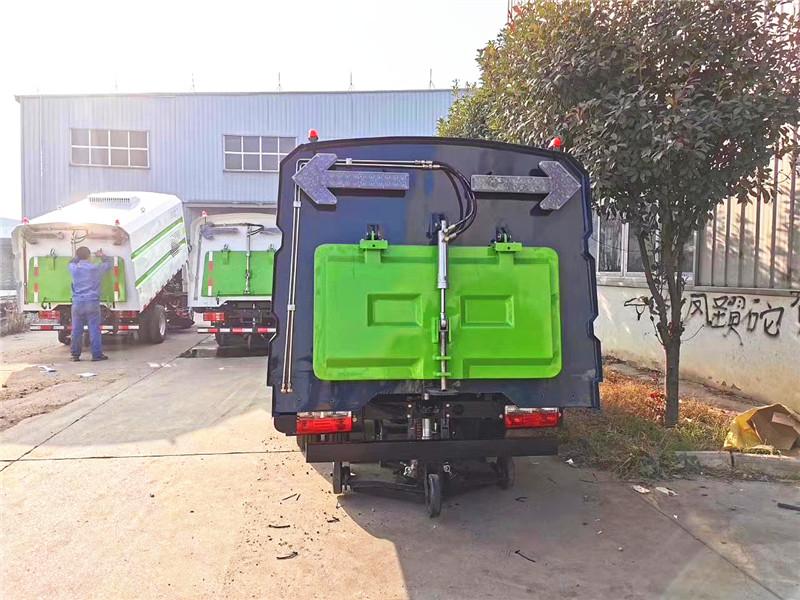 国六东风蓝牌扫路车